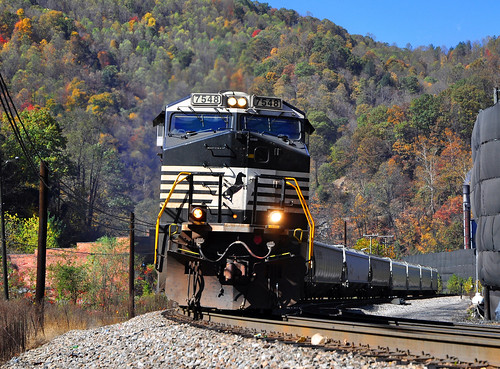 NS 7548 east Hoppers Keystone West Virginia 21.10.2010