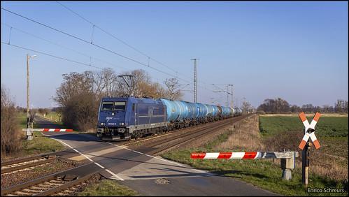 25 maart 2020 - HSL Logistik 185 642 - Gütergluck