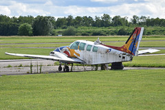Beech 58 Baron 'F-BUOS' - Photo of Chevry-Cossigny