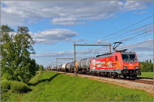 HSL 186 382 - Oeken - 14/05/2020