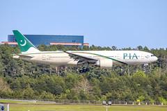 Pakistan International Airlines 777-200LR AP-BGY