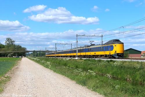 NS 4220 & 4093 - Elst 11-05-2020.