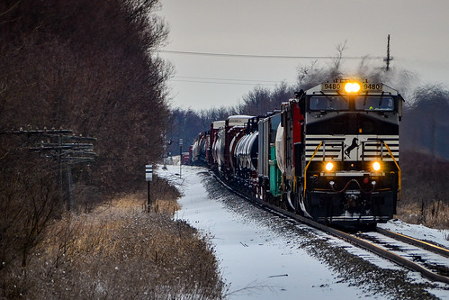 NS 9480 rolling into Sussex