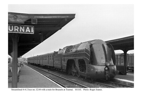 Tournai. 12.04 & train for Brussels. 18.8.61