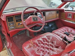 Cadillac Biarritz interior