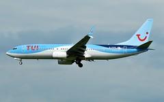 BY/TOM TUI Airways Boeing 737 G-TAWU