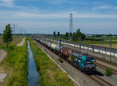 BLS 193 717+ Keteltrein te Valburg -21-05-2020