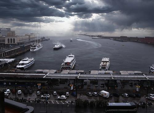 The wet and rainy Porto di Napoli