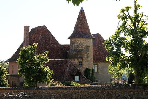 42 St-Nizier-ss-Charlieu - Le Mont Château XVI