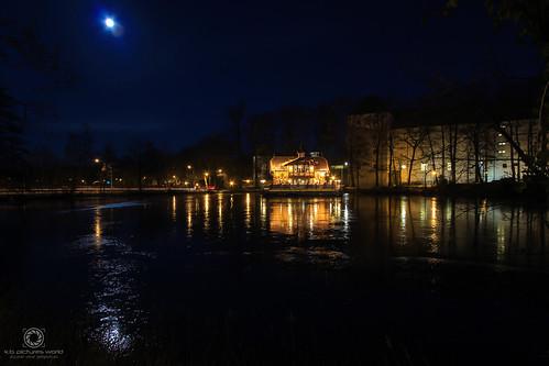 Schwanenschlößchen Freiberg im Mondschein