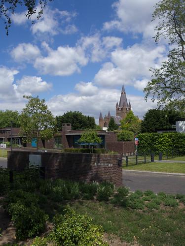 Ginniken - Laurentiuskerk vanaf de Duivelsbrug