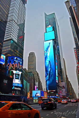 One Times Square Ball & 2019 New Billboard Screens Manhattan New York City NY P00537 DSC_1886