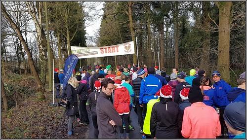 2017-12-16 Hamburg - Christmas Run to Tree - 4