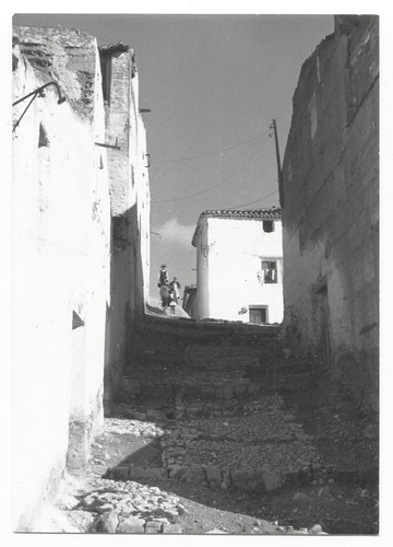Elche de la Sierra (Albacete) : una calle
