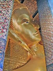 La tête du grand Bouddha couché (Bangkok, Thaïlande)