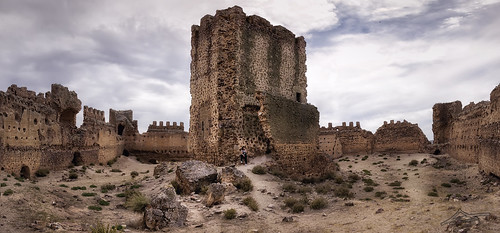 Interior castillo de Almonacid