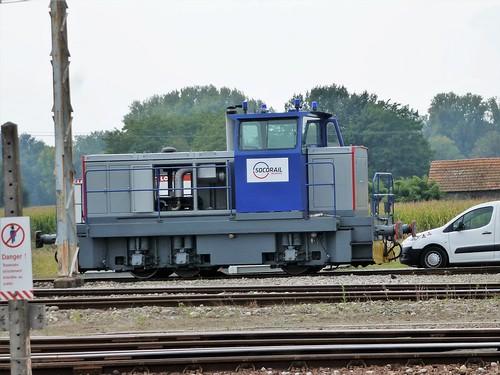 Socorail Locotracteur  [re-built Moyse CN ?]  Artix  Sept '14