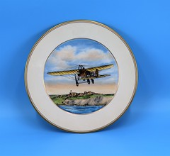 23.12.H Plate china dish Colored picture of a Bleriot Monoplane 1909 White with gold rim