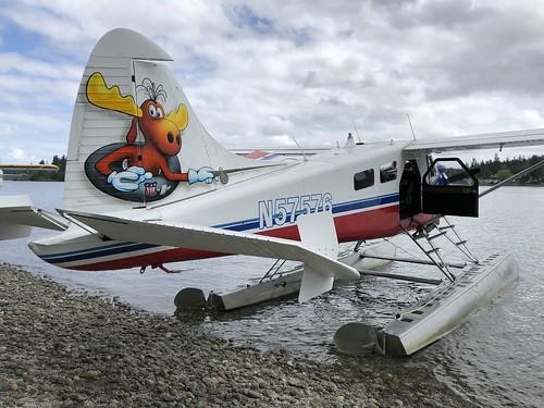 Kenmore Air @ Cutts Island, WA