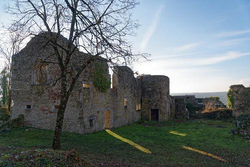 Maison forte de Quirieu - Isère