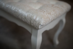 Glamour stool details