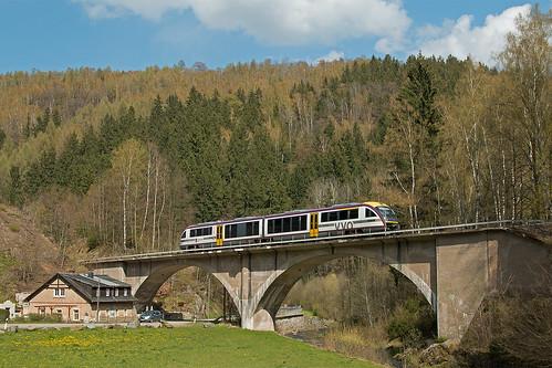 Ein Zug der Sächsischen Städtebahn in Bärenhecke