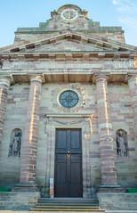 Façade de l'église Saint-Étienne