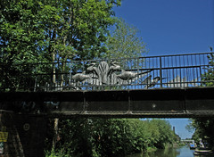 Coventry Canal: Hawkesbury Junction to Bridge 11