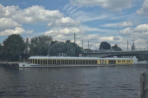 2018-08-10 DE Potsdam, Havel, Lange Brücke, Sanssouci 04808290