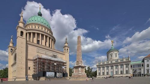 2018-08-10 DE Potsdam, Alter Markt, St. Nikolaikirche, Obelisk, Altes Rathaus, Potsdam Museum