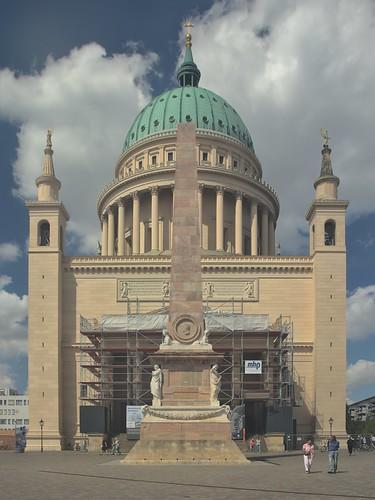 2018-08-10 DE Potsdam, Alter Markt, St. Nikolaikirche, Obelisk