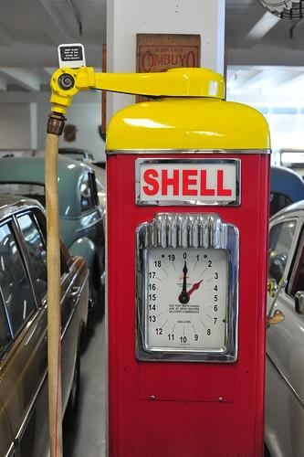 Shell petrol pump, New Zealand