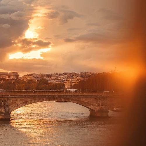 Golden light Paris