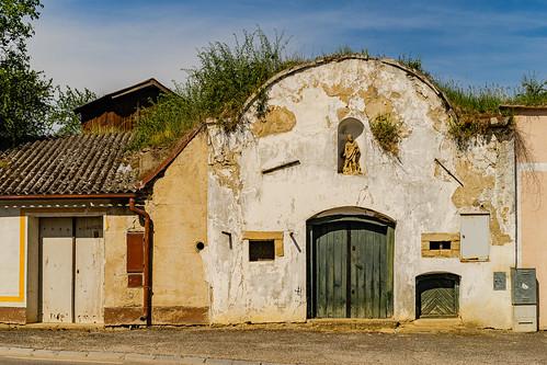 Historic wine cellar in Höflein
