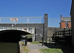 Coventry Canal: Bridge 10 to Bridge 9