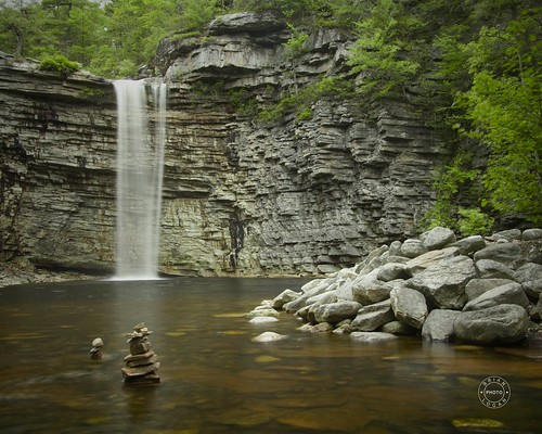 View of the famous Awosting Falls and pool at Minnewaska State Park.