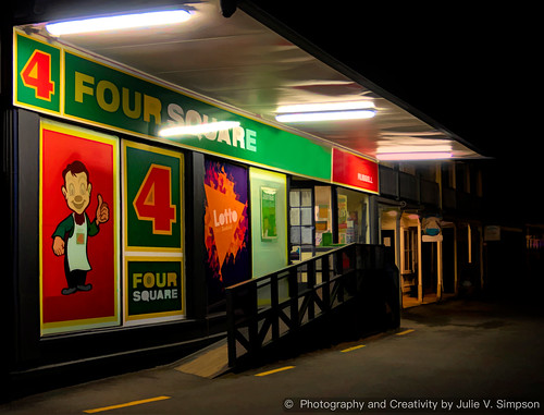 Four Square store night graphical