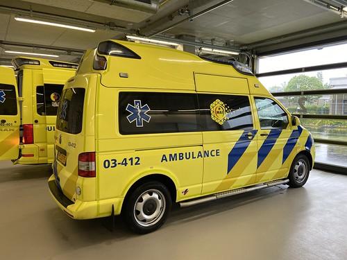 VW T5 (2013) Visser-AmbulanzMobile, 03-412 Zorgambulance, MAI Tynaarlo (NL) 1