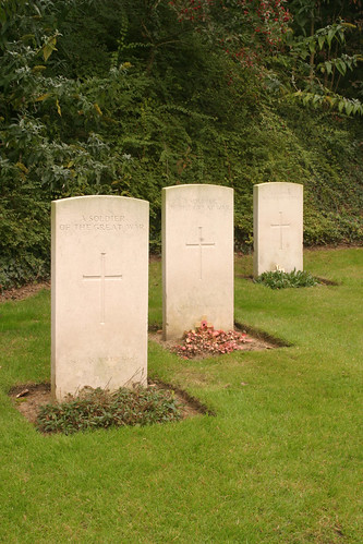 Graves of three soldiers