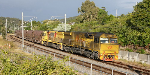6025 & 6026 EMPTY COAL FROM ERARING POWER STATION TO A HUNTER VALLEY LOADER - TERALBA 16th May 2020