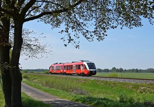 Syntus 39 als Stoptrein 31239 Zutphen - Oldenzaal (bei Goor, 11.05.17).