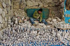 Morocco, Setti-Fatma - Alabaster carver and its figurines - November 2015