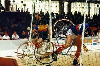 1989 TWG Sports Cycling Ball 01