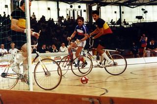 1989 TWG Sports Cycling Ball 02