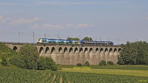 UM AGC-Champagne Ardennes et Alsace- TER 830427 Belfort-Mulhouse à Dannemarie
