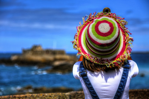 The cheerful hat