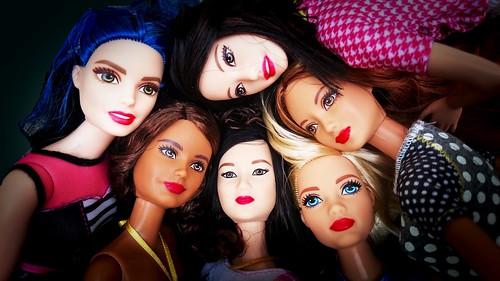 Bold girls wear red lipstick