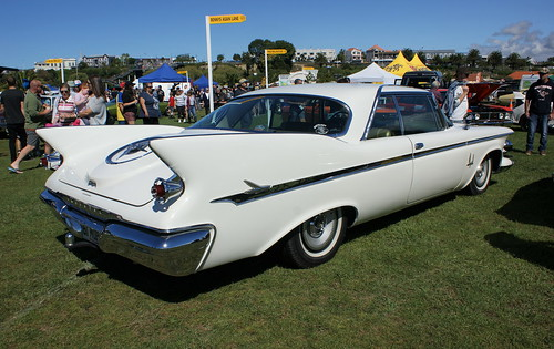 1961 Chrysler Imperial (2)