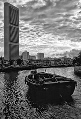 Singapore - Barge and OCBC building (1978)