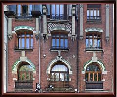 Lille balcons 86  Avenue du Peuple belge